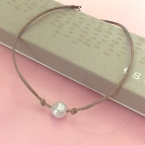 Jewelry - Suede Pearl Choker Necklace